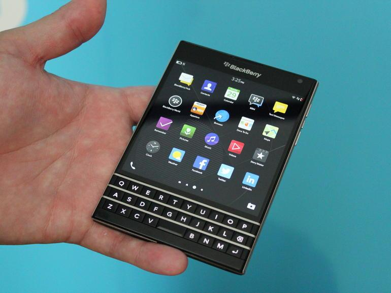 BlackBerry-Passport-222