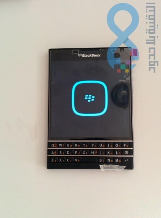 blackberry-passport-15