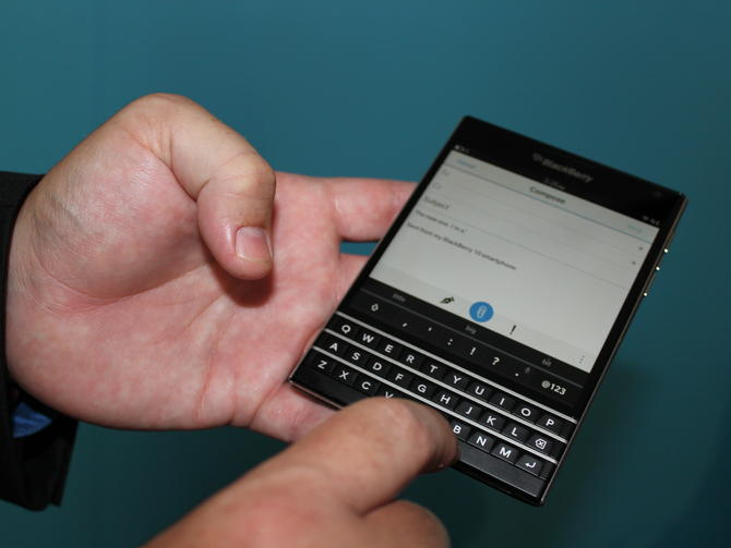 blackberry-passport06