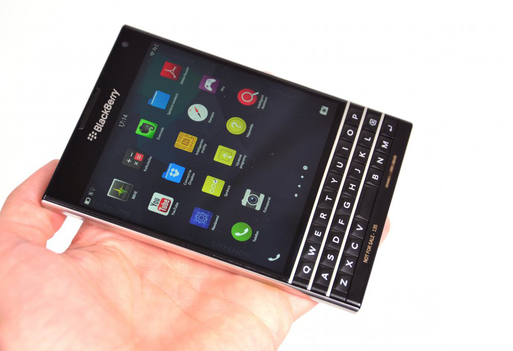 blackberry-passport-163310