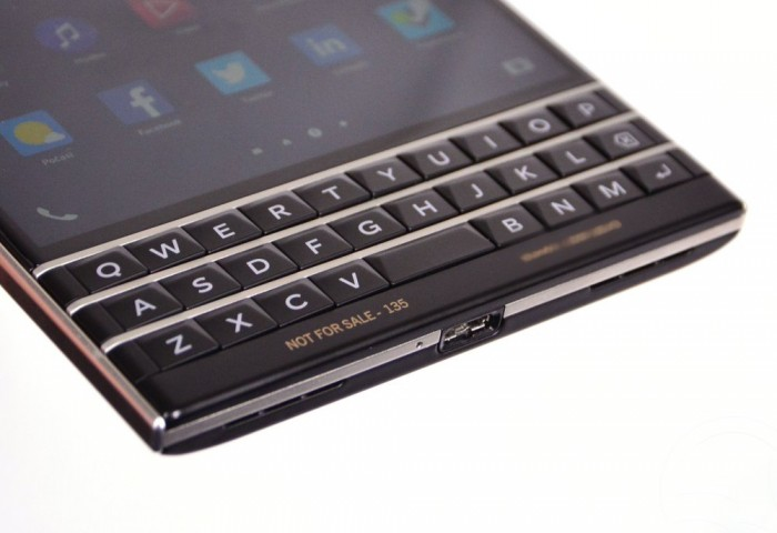 blackberry-passport-163329