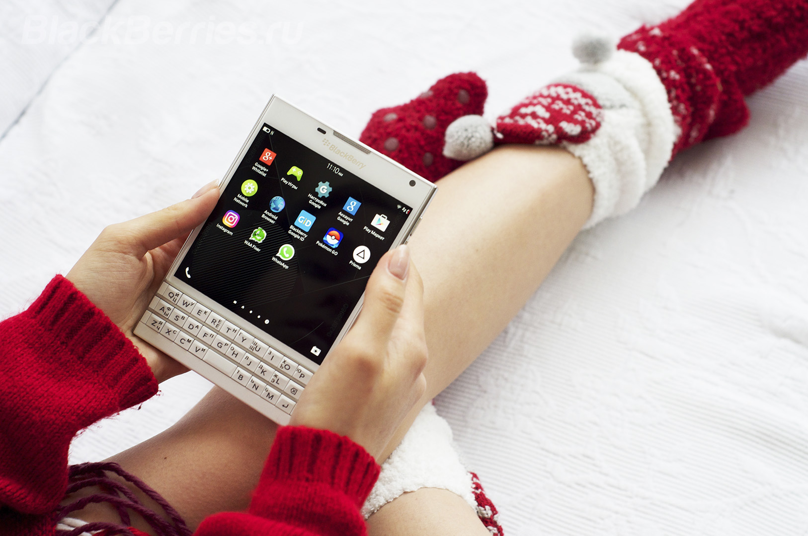 blackberry-passport-white-1