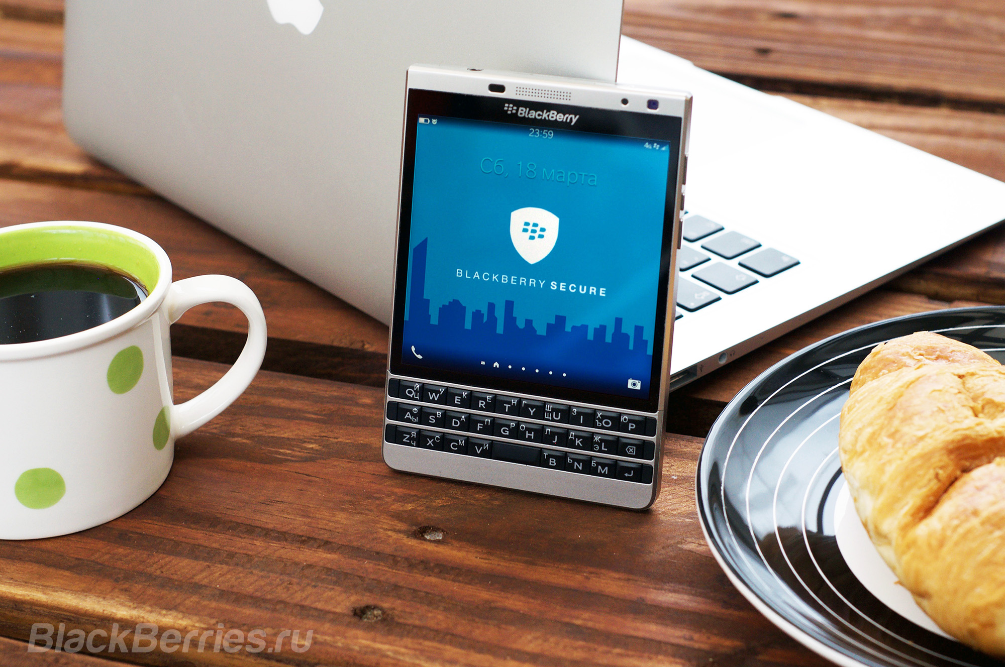 BlackBerry-Wallpaper-02